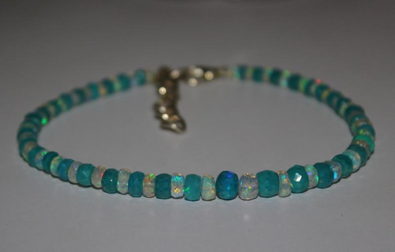 25 Crts Natural Ethiopian Welo Blue & White Faceted Opal Bracelet 246
