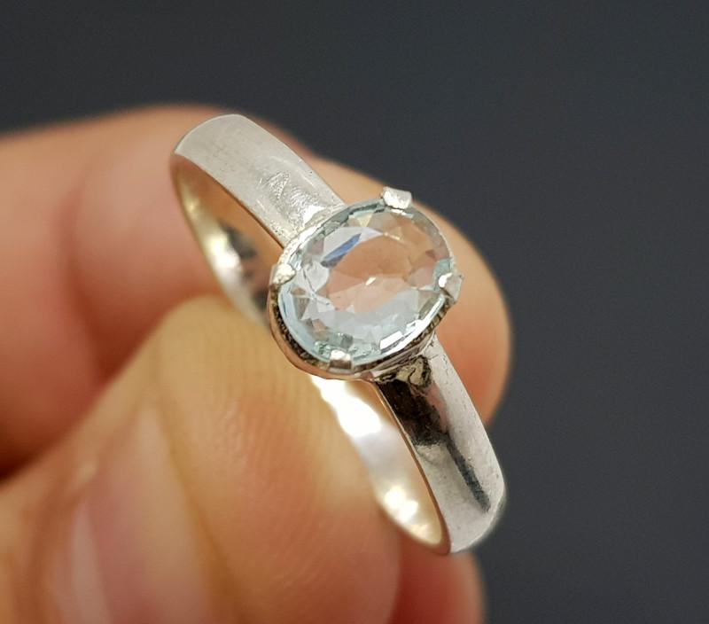 Natural Blue Aquamarine 9.80 Carats Silver Ring