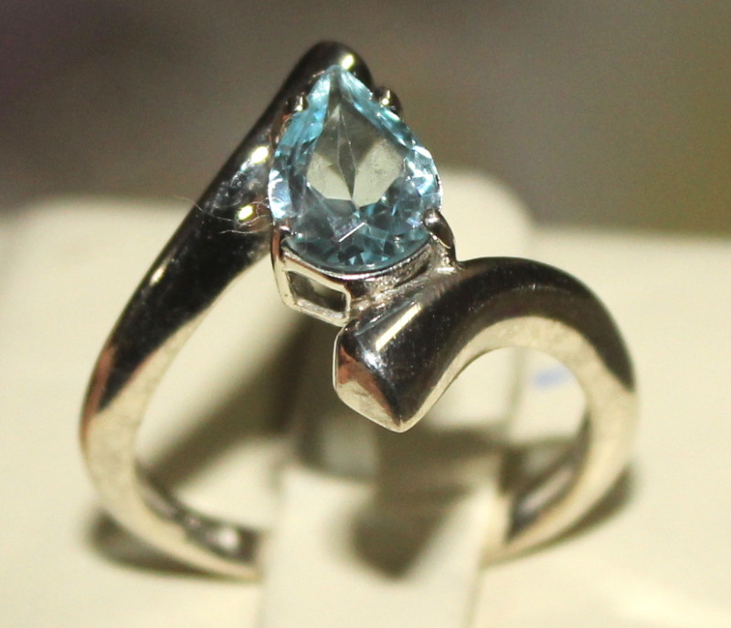 Natural Blue Topaz 925 Silver Ring 16