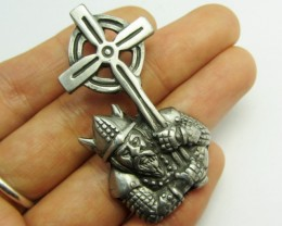 FREE SHIPPING QUALITY MADE PEWTER PENDANT  QT 581