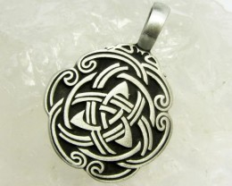 FREE SHIPPING QUALITY MADE PEWTER PENDANT  QT 594