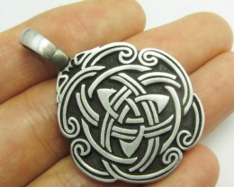 FREE SHIPPING QUALITY MADE PEWTER PENDANT  QT 595