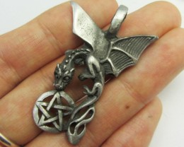 FREE SHIPPING QUALITY MADE PEWTER PENDANT  QT 613