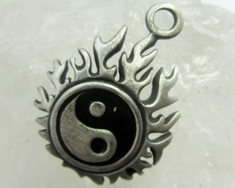 FREE SHIPPING QUALITY MADE PEWTER PENDANT  QT 620