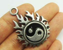 FREE SHIPPING QUALITY MADE PEWTER PENDANT  QT 621