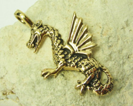 LEGENDS OF THE DRAGON PENDANT QT 638