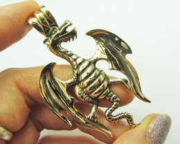 LEGENDS OF THE DRAGON PENDANT QT 656
