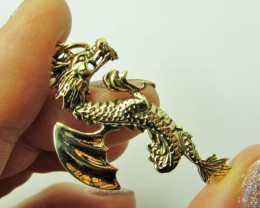 LEGENDS OF THE DRAGON PENDANT QT 660