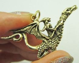 LEGENDS OF THE DRAGON PENDANT QT 662
