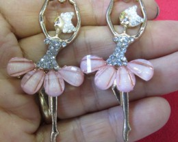 HAND MAN GIFT BOX EARRINGS agr 699