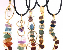 5 x Different Chakra Pendant Gold - BR 943
