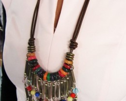 FASHION NATURAL LONG   STYLE  NECKLACE    QT213