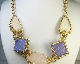 FASHION LILAC -PINK   STYLE  NECKLACE    QT197