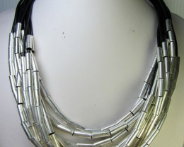 SILVER SLICE EBADS    STYLE  NECKLACE    QT1262