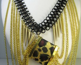 WILD NICE FASHION     STYLE  NECKLACE    QT 265