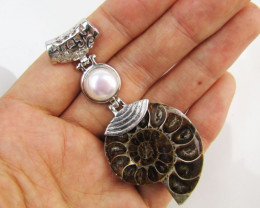 85 Cts AMMONITE PENDANT WITH NICE PEARL MJA 110