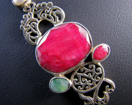 75Cts Ruby,pearl ,emerld set in Silver Pendant MJA 642