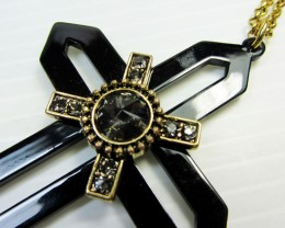 CROSS LONG FASHION  STYLE  NECKLACE    QT 473
