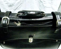 Large  Genuine Leather  Shoulder Bag on wheels   G