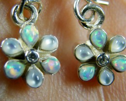 IMO OPAL/SHELL CLUSTER STERLING SILVER EARRINGS MYT664