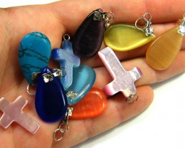 TEN  PRETTY  MULTI COLOUR PENDANTS  AAA 2504