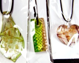 PARCEL THREE VENETIAN GLASS PENDANTS GTT 731