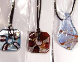 PARCEL THREE VENETIAN GLASS PENDANTS GTT 759