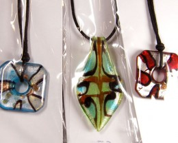 PARCEL THREE VENETIAN GLASS PENDANTS GTT 760