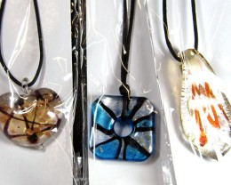 PARCEL THREE VENETIAN GLASS PENDANTS GTT 763
