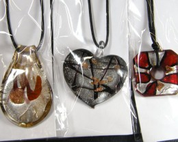 PARCEL THREE VENETIAN GLASS PENDANTS GTT 766