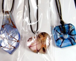 PARCEL THREE VENETIAN GLASS PENDANTS GTT 769