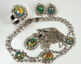 COMPLETE FOUR PIECE SET OPAL JEWELERY   GTT 1067