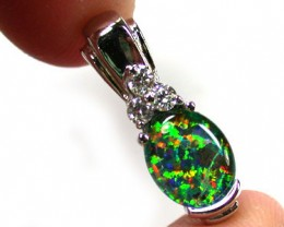 BEAUTIFUL MAN MADE GEM OPAL PENDANT ML541