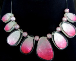 UNIQUE PINK SHELL STYLE  NECKLACE    QT11