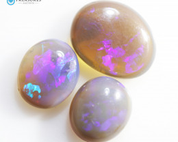 4.8Cts Australian Crystal Opal Fire  CH370