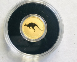 Perth Mint 2010 Mini kangaroo 0.5 Grams Gold Coin in Capsule