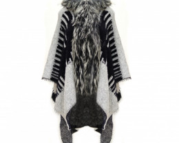 Fox Fur Collar & wool Poncho