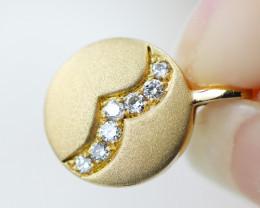 18 K Yellow Matte Gold Diamond Pendant - H29 - P11572 -2