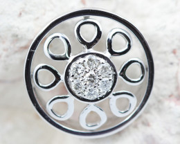 18 K White Gold Diamond Pendant - H37 - P11596 -2