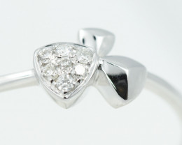 18 K White Gold Diamond Ring Size N - H63 - R11578 -2