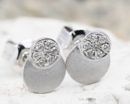 18K White Gold Diamond Earrings - H68 - E11263