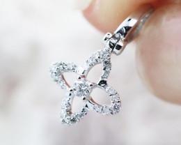18K White Gold Diamond Pendant - H124 - P11174