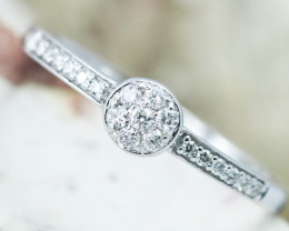 18K White Gold Diamond Ring Size O - H132 - R11576
