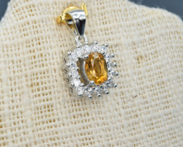 Faceted orange Citrine silver pendant    code  NA 432