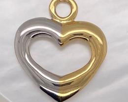 7.505 Grams 18 kItalian  Gold Heart Pendant code L291