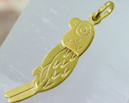 1.761 Grams 9  K Parrot Gold Pendant,Head moves.   [T33]