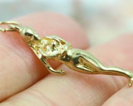 2.027 Grams 9 K Naked Lady Gold Pendant [T39]