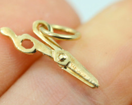 0.501 Grams 9K Scissors Gold Pendant [T49]