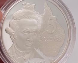 Rare 1993 Explorers proof silver coin James Cook   code NA 561