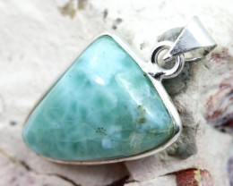 Cabochon Turquoise Silver Pendant NA 766